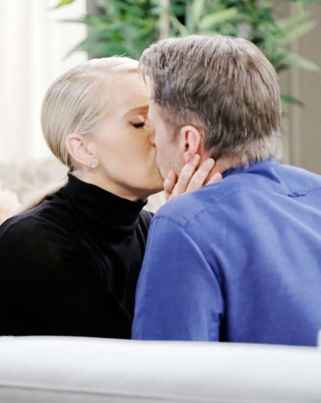 (TALL) Jack and Jennifer - Days of Our Lives