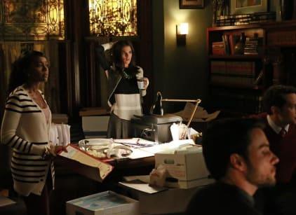 Watch How to Get Away with Murder Season 1 Episode 6 Online