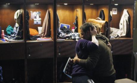 Izzie and Alex Reunite