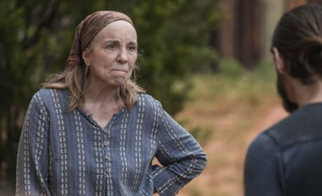 Happy Wife, Happy Life - The Walking Dead Season 9 Episode 2