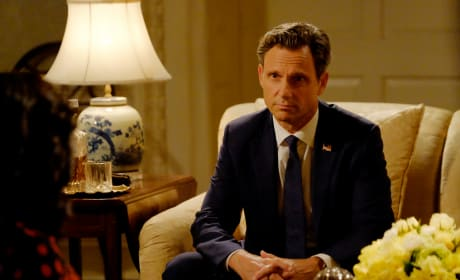 Calm Down - Scandal Season 6 Episode 1
