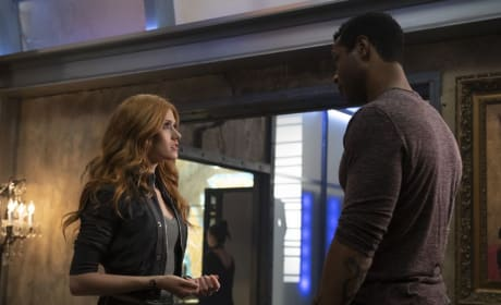 Father and Daughter - Shadowhunters Season 3 Episode 22