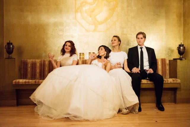 A Surprise Wedding - GG2D