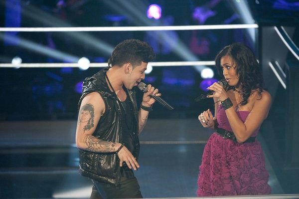 Jonathas and Ashley De La Rosa Battle