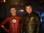 The Flarrow Bros - The Flash Season 4 Episode 8