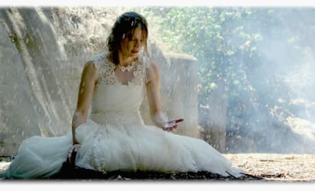 The Wet Wedding Gown - Castle Season 7 Episode 1