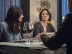 Having Dinner - Supergirl Season 2 Episode 19