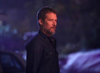 Watch Revenge Season 4 Episode 8 Online