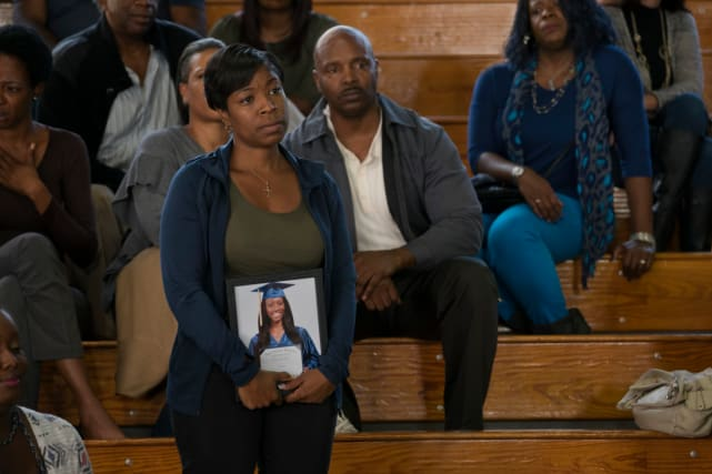 A Graduation Photo - Black Lightning Season 1 Episode 2