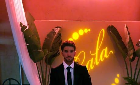 Javi Looking Good - Grand Hotel Season 1 Episode 6