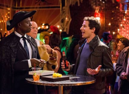 Watch Brooklyn Nine-Nine Season 2 Episode 4 Online