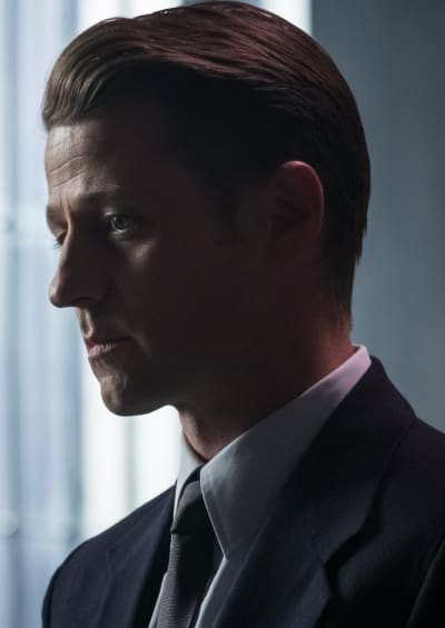 Jim Makes a Choice - Gotham Season 5 Episode 4