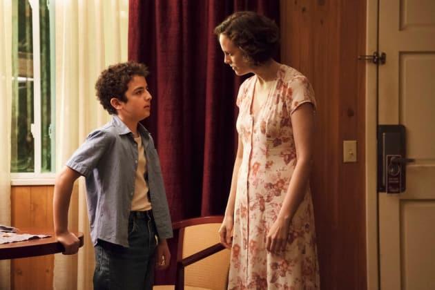 Julian in the Motel - The Sinner Season 2 Episode 1