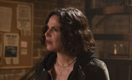 Regina Helps Zelena - Once Upon a Time Season 7 Episode 17