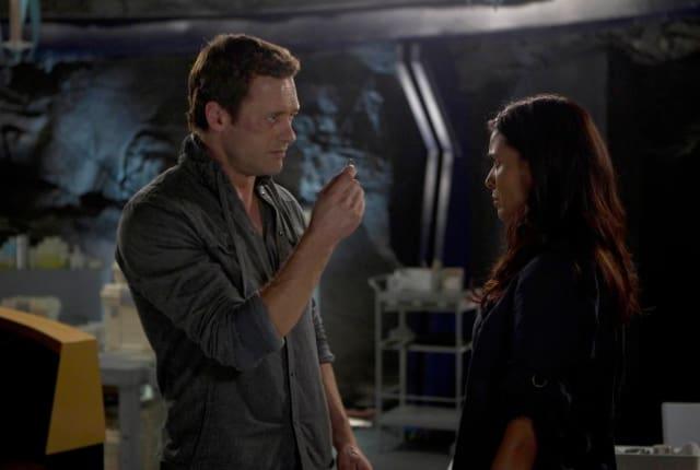 Watch Terra Nova Season 1 Episode 4 Online - TV Fanatic