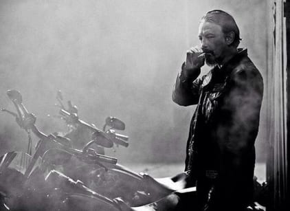 Watch Sons of Anarchy Season 7 Episode 2 Online