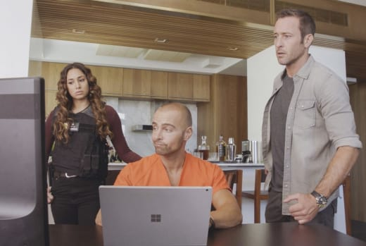 Expert Convict - Hawaii Five-0 Season 8 Episode 4
