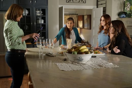 Comparing Notes - Pretty Little Liars Season 6 Episode 9