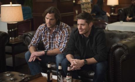 Dean cracks a joke - Supernatural Season 12 Episode 16