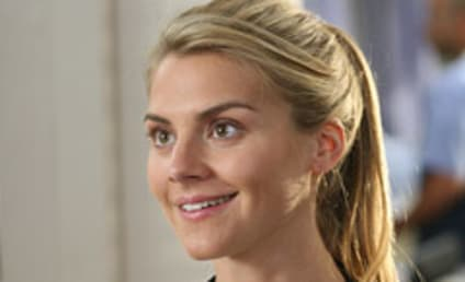 Eliza Coupe: Promoted to Series Regular on Scrubs