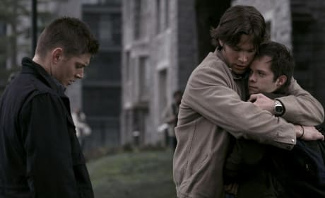 Dean Doesn't Judge Sam For Being Sensitive - Supernatural