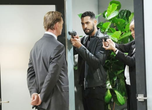 Confronting the Kidnappers - Days of Our Lives