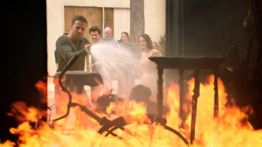 Fire! - Midnight, Texas Season 1 Episode 5