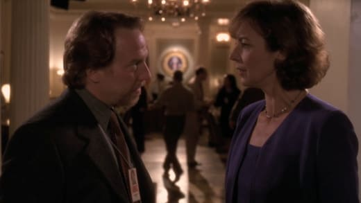 Talk Him Down - The West Wing Season 1 Episode 7