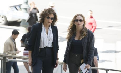 Harlee and Tess Work a Case - Shades of Blue