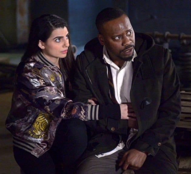 Couple Under Siege - Timeless Season 1 Episode 16
