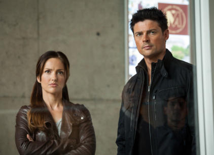 Watch Almost Human Season 1 Episode 10 Online
