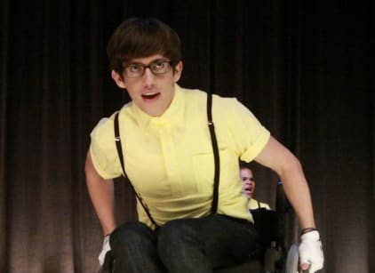 Watch Glee Season 1 Episode 9 Online