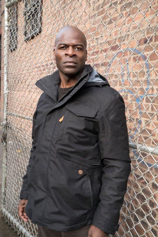 Dembe hears a sound - The Blacklist Season 4 Episode 16