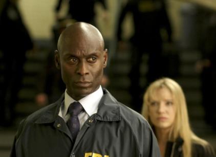 Watch Fringe Season 3 Episode 1 Online