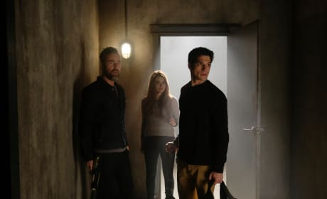 Fighting Back - Teen Wolf Season 6 Episode 16