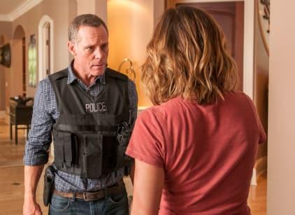 Watch Chicago PD Season 3 Episode 1 Online