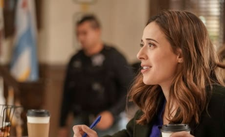Burgess Takes On a CI - Chicago PD Season 5 Episode 11