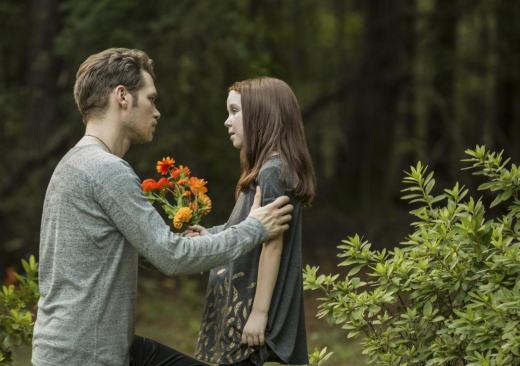 A Father-Daughter Reunion - The Originals Season 4 Episode 3