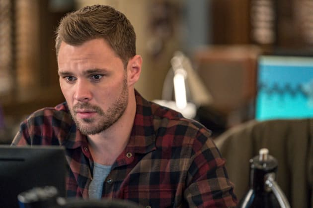 Ruzek's Come Up - Chicago PD Season 5 Episode 11
