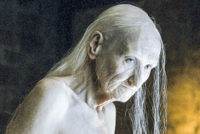 Melisandre - Game of Thrones Season 6 Episode 1