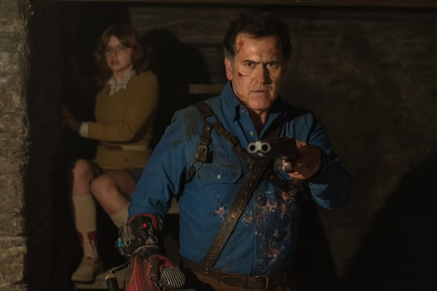 Ash on the defensive - Ash vs Evil Dead Season 2 Episode 9
