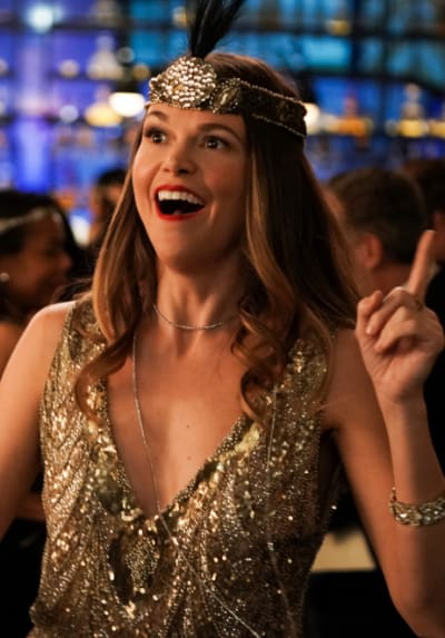 Sparks fly for Liza - Younger Season 7 Episode 5