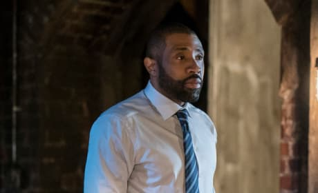 Resignation - Black Lightning Season 2 Episode 2