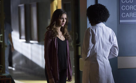 Elena at the Hospital - The Vampire Diaries Season 6 Episode 10