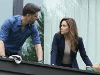 Mary Kills People Season 1 Episode 1 Review: Bloody Mary
