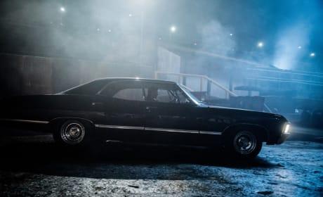 Impala goes on a night drive - Supernatural Season 12 Episode 17