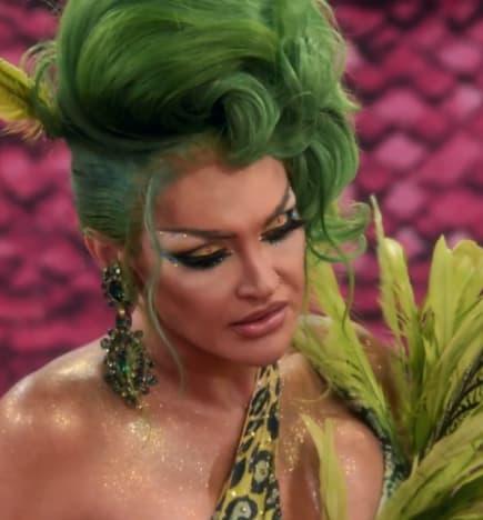 Comforting Queens - RuPaul's Drag Race All Stars Season 6 Episode 7