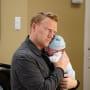 Dad at Last  - Grey's Anatomy Season 16 Episode 1