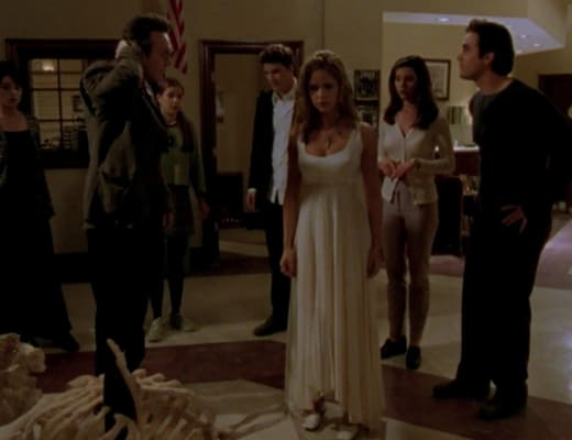 Team Victory - Buffy the Vampire Slayer Season 1 Episode 12