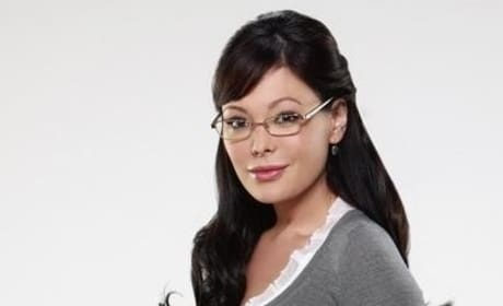 Lindsay Price as Joanna Frankel